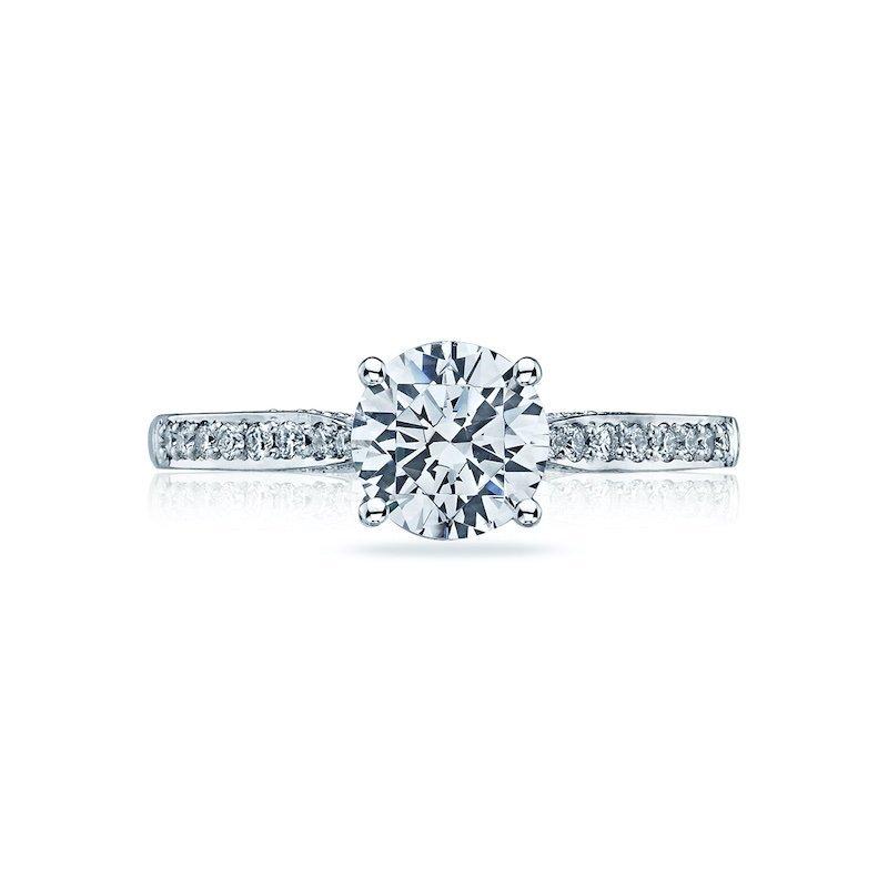 Dantela Diamond engagement ring
