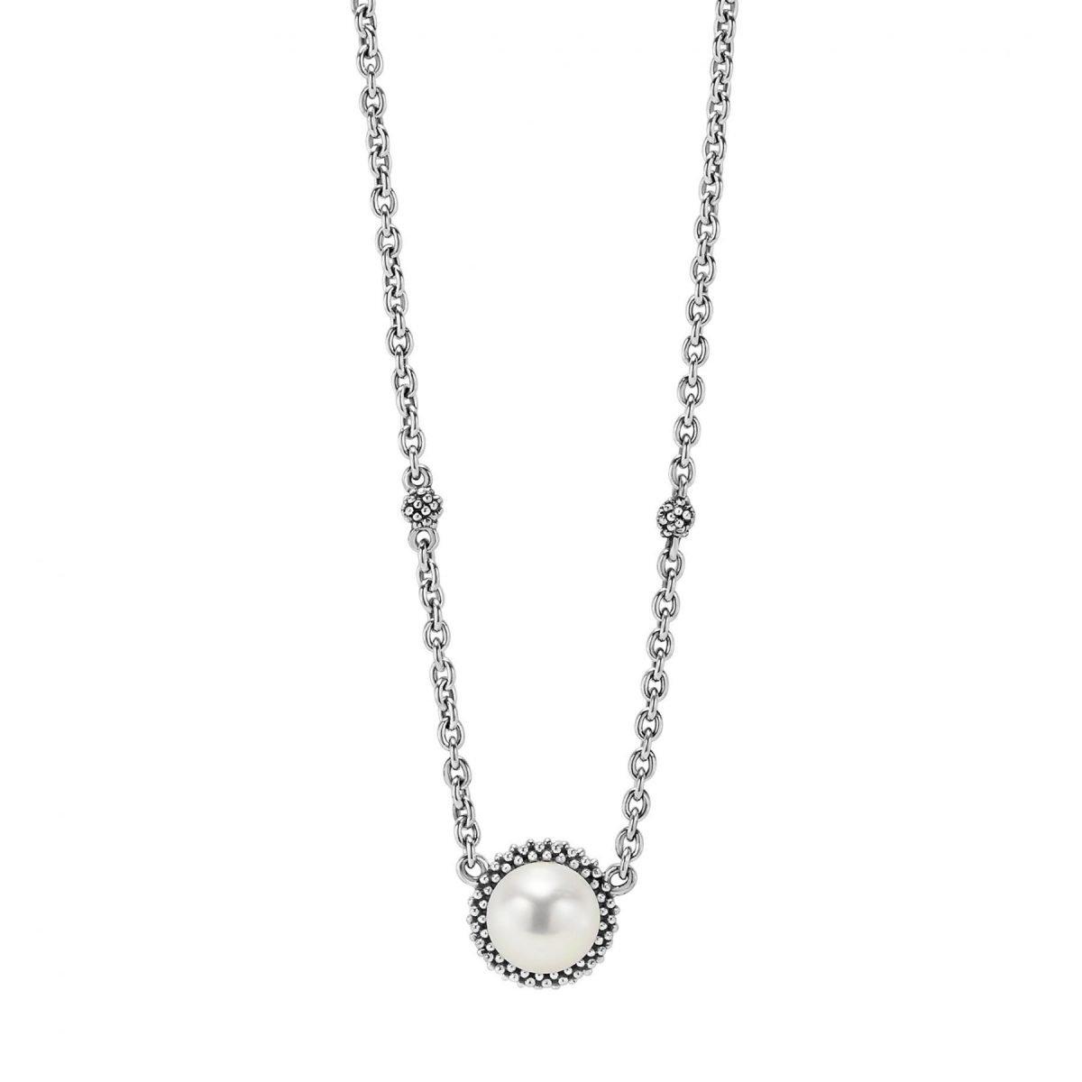 Luna Pearl Pendant Necklace
