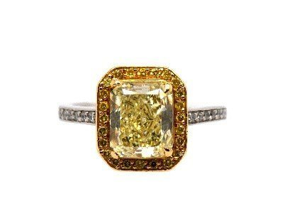 Fancy Light Radiant Yellow Diamond Ring